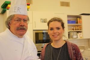 Herr Schuler und Frau Borlinghaus leiten die Küche